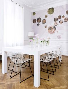 sfgirlbybay / bohemian modern style from a san francisco girl--love this artwork idea White Dining Table, Table And Chairs, Dining Tables, Dining Set, Room Inspiration, Interior Inspiration, Wedding Inspiration, Design Inspiration, Bertoia