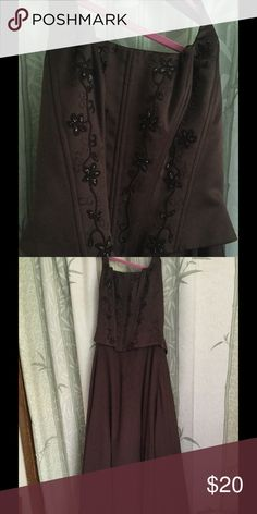Brown flower accent prom dress Ballroom gown brown prom dress with brown sequin flower accents. Corset like chest. Adjustable back with straps and zipper. Roughly 3 foot long skirt. Gently used Dresses Prom