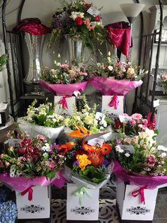 Bouquets to go #flowershop #inspiration #florist