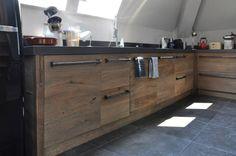 Houten keuken van historisch hout via RestyleXL