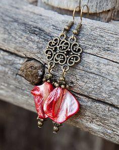 gabi111 / Červená perleť v bronze - náušnice
