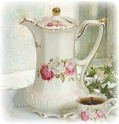 Ivory Rose Chocolate Pot Set