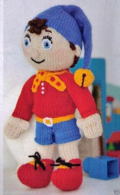 VINTAGE  ENID BLYTONS HURRAH NODDY SOFT TOY - 27 CMS TALL- 8PLY KNITTING PATTERN