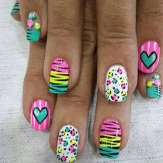 Corazon Creative Nail Designs, Pretty Nail Designs, Toe Nail Designs, Creative Nails, Ruby Nails, Silver Nails, Pretty Toe Nails, Fancy Nails, Polka Dot Nails
