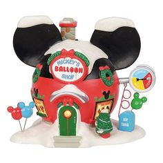 A trip to any of the theme parks proves that Disney fans love the ear shaped Mickey Mouse balloons. The new Balloon Inflators helps Mickey to keep up with the demand. Mickey Christmas, Holiday Decor, Christmas Ideas, Christmas Cookies, Christmas Crafts, Mickey Mouse Balloons, Balloon Shop, Ornaments, Fimo