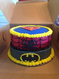 Superman, Spider-man and Batman  Cake Janny H. Cakes