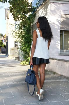 More looks by Mirjam: http://lb.nu/user/5563694-Mirjam  #classic #romantic #street