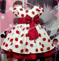 Vestido Infantil Moranguinho com Laço Luxo tam 1 ao 3