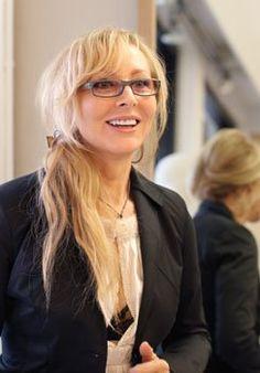Meet Alina Bialobrodska of Walnut Creek's Chic Alina B boutique.  Click LIKE if you agree -- Great Glasses, Alina!