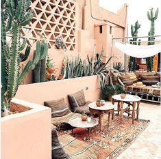 Rooftop Terrace Design, Rooftop Patio, Backyard Patio, Garden Seating, Outdoor Seating, Outdoor Decor, Outdoor Living, Moroccan Garden, Moroccan Rugs