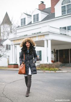 Winter outfit // J.Crew puffer coat (petites) + white jeans + stuart weitzman over the knee boots