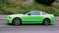 10+  2013 Ford Mustang backgrounds