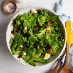 Wilted Lettuce Recipe, Lettuce Salad Recipes, Wilted Spinach Salad, Spinach Salads, Spinach Recipes, New Recipes, Dinner Recipes, Cooking Recipes, Cooking Tips