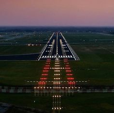 4,927 отметок «Нравится», 10 комментариев — Pilot GoPro (@pilotgopro) в Instagram: «#Repost @alexandrevingert ・・・ Desktop view.👨✈️😎 . . #pilot  #crewlife #boeing737 #cockpit #aviacao…»