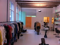 Dearhunter Vintage Clothing & Accessories in Rotterdam, Zuid-Holland