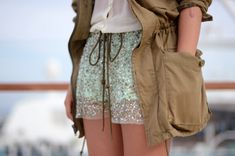 Russian site about stylish clothing alterations and interior. Can be read in any language via Google translator. #diy #diy fashion #craft #refashion