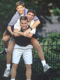Tennessee quarterback Peyton Manning carries his brothers Cooper and Eli (age on July 1996 outside of their home in New Orleans. A two-time Super Bowl MVP and four-time Pro Bowl quarterback, Eli Manning turned 36 years old on Jan. Peyton Manning Family, Manning Football, Navy Football, Tennessee Football, East Tennessee, Vintage Football, Sports Illustrated Kids, Ole Miss, Karen