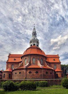 Katowice Nikiszowiec # St Peters Church. Poland St Peter's Church, Cathedral Church, Tatra Mountains, Religious Architecture, Central Europe, Kato, Sacred Art, Kirchen, Warsaw