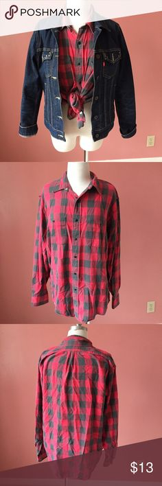Eddie Bauer Super Soft Flannel Worn to that perfect, cozy, softness, this flannel is great for layering or on its own. Has a snag on the backside of the collar, but that is all. The buttons are snaps. Eddie Bauer Tops Button Down Shirts
