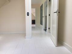 Witte houten planken vloer: verschillende legpatronen voor houten