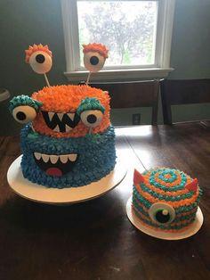 Monster Birthday Cakes, Little Monster Birthday, Monster 1st Birthdays, Monster Birthday Parties, Baby Boy 1st Birthday, Monster Party, First Birthday Parties, Birthday Party Themes, First Birthdays
