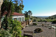 Morada do Sol is a large, enclosed property, in a rural setting near Cascais, 3km from Guincho beach. It is only 4km to the motorway, making Lisbon accessible in less than 30 minutes. Cascais and Sintra are just 10 ...
