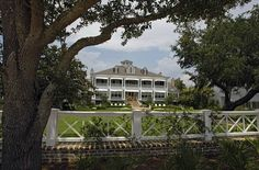 Cooper home on Mobile Bay. I wish.