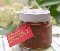 Rabarber-hyldeblomst-marmelade   Familie Journal