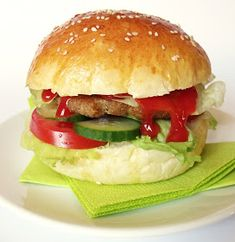 Hamburger, Lime, Pizza, Chicken, Bread, Ethnic Recipes, Easy, Food, Limes