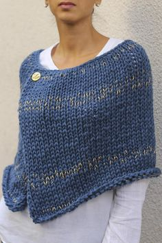 Women's wool acrylic poncho shrug hand knit poncho in blue with golden threads chunky knit poncho sweater hand madeWool poncho cape Pattern Winter poncho pattern for womenDamen Wolle Acryl Poncho Achselzucken Hand stricken Poncho Source by Poncho Knitting Patterns, Crochet Poncho, Knit Patterns, Hand Knitting, Knitted Cape Pattern, Knit Shawls, Vintage Knitting, Knitting Ideas, Knitting Designs