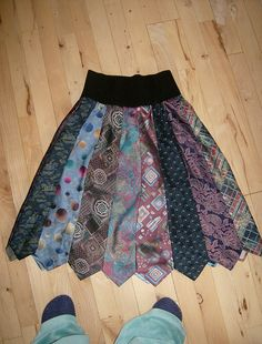 Tie Skirt with Papa's old ties Tie Skirt, Tie Dress, Sewing Hacks, Sewing Crafts, Necktie Quilt, Old Ties, Tie Crafts, Refashioning, Diy Clothing