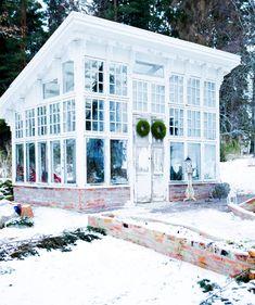 Backyard Pavilion, Backyard Retreat, Outdoor Rooms, Outdoor Living, Outdoor Restaurant Design, Greenhouse Plans, Urban Homesteading, Garden Cottage, Pool Houses