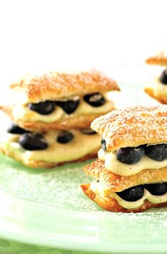 Low FODMAP Recipe and Gluten Free Recipe - Blueberry and lemon millefeuille    http://www.ibs-health.com/low_fodmap_blueberry_lemon_millefeuille.html