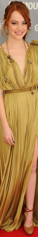 Emma Stone - gorgeous natural make up.  She's so pretty!!