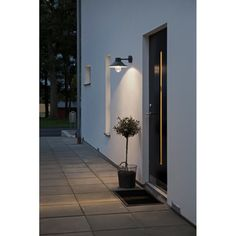 This attractive exterior wall lantern comes supplied with a high power LED light source at From Lighting Styles of Essendine. Led Outdoor Wall Lights, Led Wall Lights, Outdoor Walls, Outdoor Lighting, Outdoor Decor, Exterior Wall Light, Exterior Lighting, Vegas, Direct Lighting
