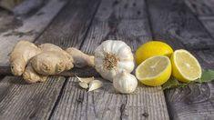 Nápoj ze zázvoru, česneku a citronu pozitivně ovlivňuje kardiovaskulární systém Garlic, Vegetables, Farming, Benefits Of Garlic, Garlic Recipes, Heart Arteries, Protect Your Heart, Fresh Fruits And Vegetables, Alkaline Foods