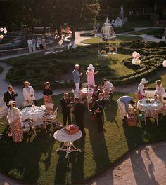 """"""" Les Conseils """" : Soirées - On ne s'habille pas de la même façon pour un cocktail, une soirée de gala, ou un rendez-vous galant. www.defu..."""