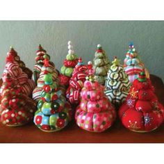 Yo-Yo Christmas Tree Pincushions