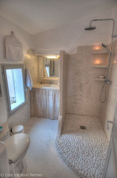 Uzes Studio Rental: Charming apartment with private terrace in the heart of Uz … - Home Decor Dream Bathrooms, Beautiful Bathrooms, Modern Bathroom, Small Bathroom, Budget Bathroom, Bathroom Ideas, Rental Bathroom, Bathroom Layout, Shower Ideas