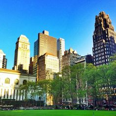 Bryant Park – Photo by nyc_scenes