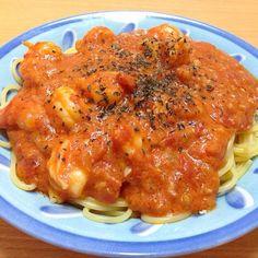 海老たっぷりで美味しいです(^q^) - 7件のもぐもぐ - 海老のトマトクリームパスタ by shosa1019