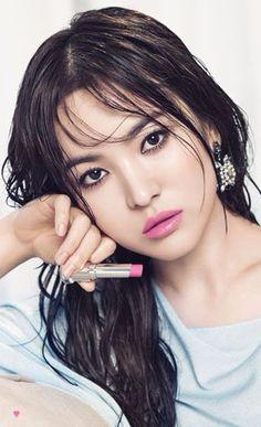 Song Hye-kyo ♥ 송혜교 Song Hye Kyo, Korean Beauty, Asian Beauty, Korean Makeup Brands, Korean Actresses, Korean Celebrities, Portraits, Celebrity Look, Beautiful Asian Women