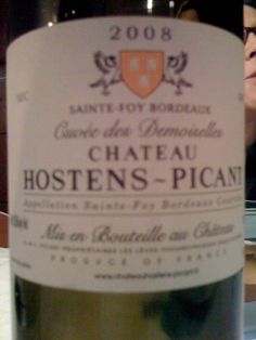 Des demoiselles - Chateau hostens-picant 2008. Goes really nice with strong dishes, without tasting greasy like the ubiquitous Chardonnay.