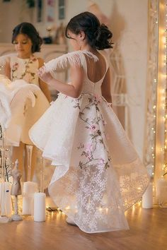 Inspire Idea of Flower Girl Dress for Wedding Party, Part 16 Baby Girl Party Dresses, Birthday Dresses, Little Girl Dresses, Baby Dress, Girls Dresses, Flower Girl Dresses, Little Girl Fashion, Kids Fashion, Robes Glamour