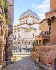 Roma: Sinagoga ♠ photo by Gianmarco (@disarmonico) su Instagram