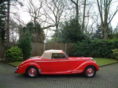 1950 Riley RMB 2.5 Drophead Coupe Maintenance/restoration of old/vintage vehicles: the material for new cogs/casters/gears/pads could be cast polyamide which I (Cast polyamide) can produce. My contact: tatjana.alic@windowslive.com