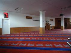 Fetih Moschee - Basler Muslim Kommission Muslim, Basketball Court, Home Decor, Mosque, Decoration Home, Room Decor, Islam, Home Interior Design, Home Decoration