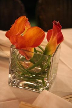 Orange Calla lilies at Le Colonial Restaurant | Tomobi Floral Art