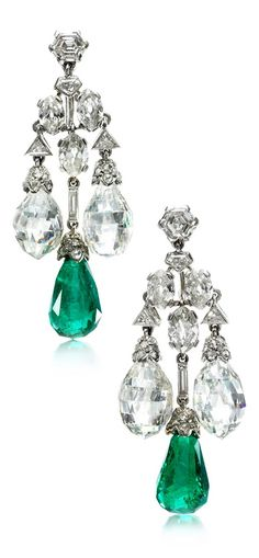 CARTIER - A pair of Art Deco emerald and diamond ear pendants, circa 1928. #Cartier #ArtDeco #earrings