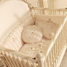 Nursery Room, Luxury Interior, Bassinet, Toddler Bed, Sweet Home, House Design, Night Bedroom, Teddybear, Baby